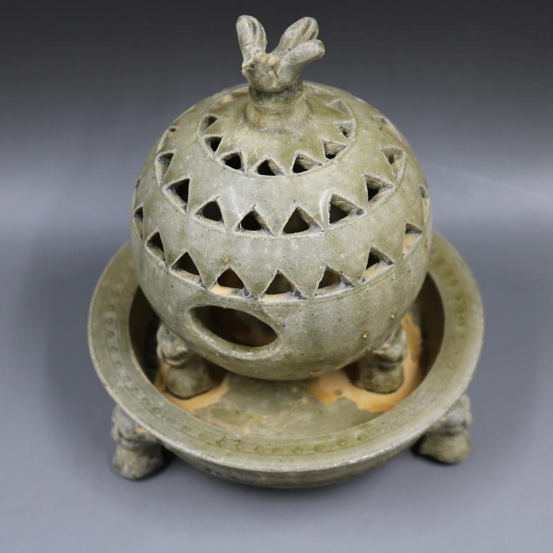戰國時期越窯三足香薰爐手工仿古老貨家居裝飾瓷器擺件古董古玩1入