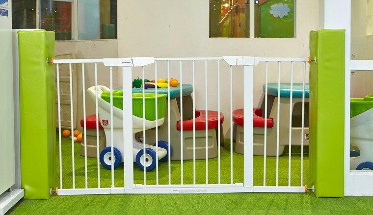 MomAndMe 嬰兒童安全門欄 樓梯防護欄寵物貓狗隔離防護圍欄門柵欄 75-152CM