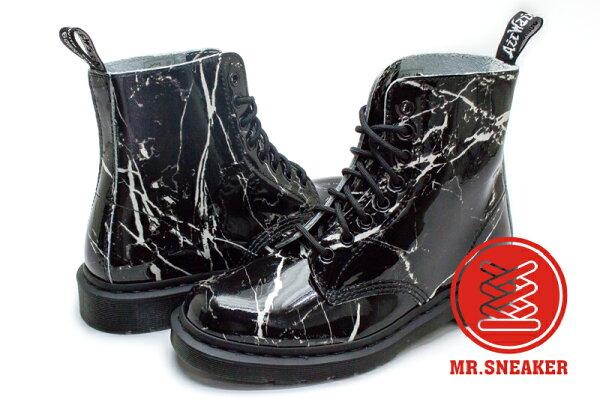 ☆Mr.Sneaker☆Dr.MartensPascal八孔大理石裂紋馬汀皮革黑色女款