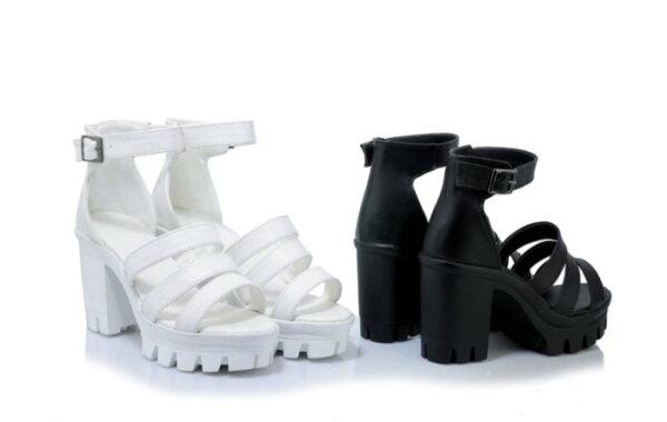 Pyf♥新款性感繞踝皮帶扣超穩粗跟高跟羅馬涼鞋防水台厚底43大尺碼女鞋