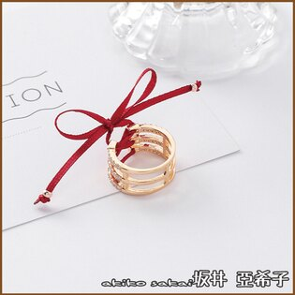 『坂井.亞希子』時尚紅絲帶微鑲鋯石蝴蝶結綁帶戒指