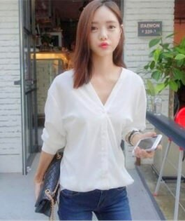 ego:韓版V領百搭春夏長袖純色寬鬆襯衫棉質基本款