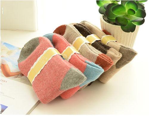 ego:秋冬拚色保暖羊絨襪保暖堆堆襪中筒襪拼接色保暖襪