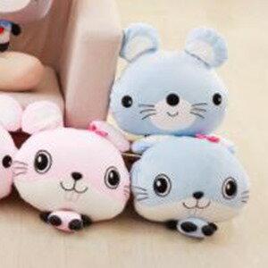 美麗大街【HB1061101034】可愛卡通老鼠情侶抱枕公仔加厚空調毯三合一靠枕靠墊毛絨玩具(藍色款)