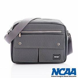 【002053-02】NCAA 側背波特包 紳士餅乾包 直紋尼龍隨身機車斜小包 深灰色