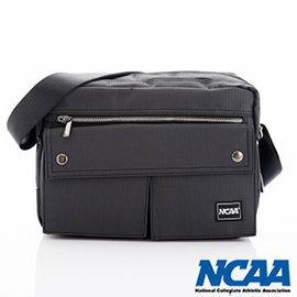 【002054-03】NCAA 側背波特包 紳士餅乾包 直紋尼龍隨身機車斜中包 黑色