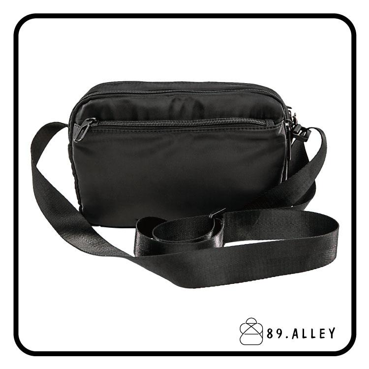 側背包 女包男包 黑色系防水包 輕量尼龍鐵牌雙層情侶斜背包 89.Alley 1