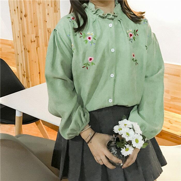 《全店滿399輸入DENIM60 再折60》[現+預] 寬鬆顯瘦日系軟妹子花邊立領燈芯絨刺繡襯衫【SE793FUM】氣質小洋裝 Lanny Dress
