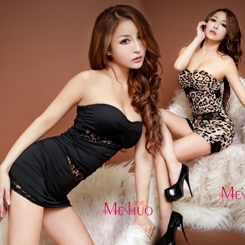 夜店服辣妹性感 蕾絲摟空平口低胸洋裝 超短連身裙 兩色 f41