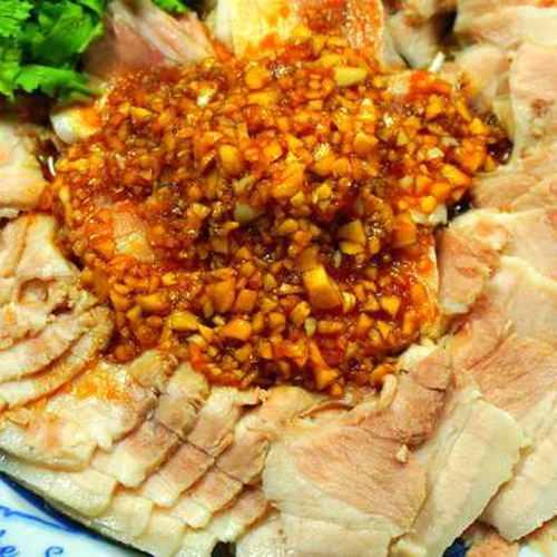 〝 713厝〞蒜泥白肉 210克(2~3人份)-滷味 美食 消夜 聚餐 下酒菜 炒菜 火鍋料 麻辣火鍋料