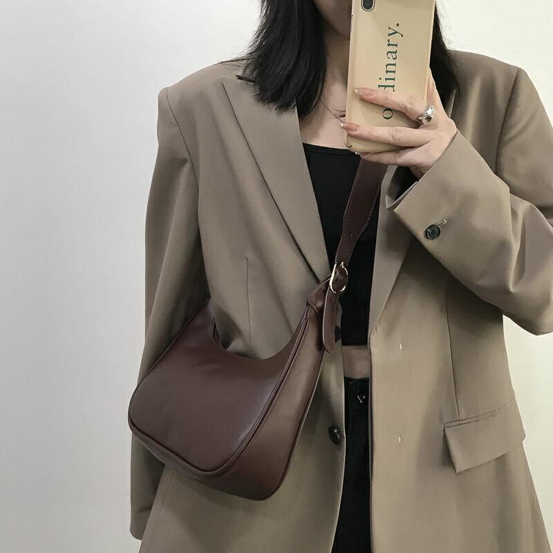 法棍包 高級感洋氣包包新款網紅百搭斜背包法國小眾設計腋下包女【TZ59】