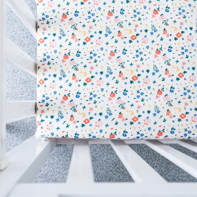 Organic B 有機棉床包-繽紛花漫漫 70x140cm 嬰兒床 有機棉絲柔床包 嬰兒床包 有機比比 Unicorn