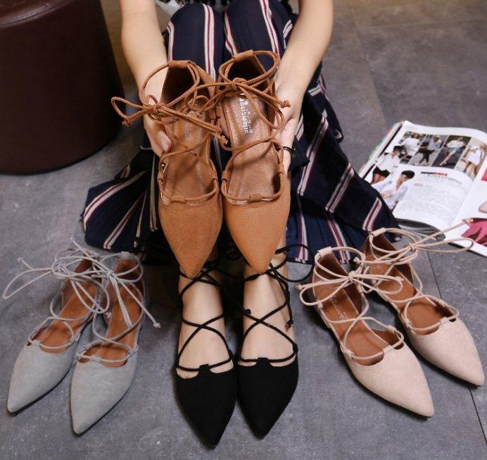 Pyf ~  磨砂中空 尖頭淺口繫帶 羅馬繞踝 綁帶平底涼鞋 42 大 女鞋