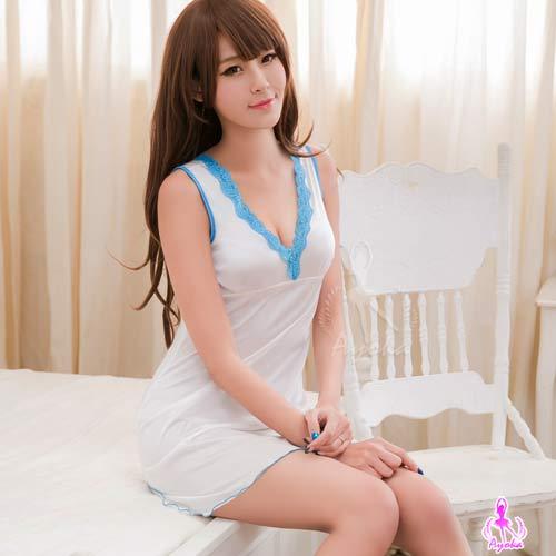 愛的蔓延:愛的蔓延性感睡衣純白柔緞深V美背睡衣甜美睡衣NA16020056