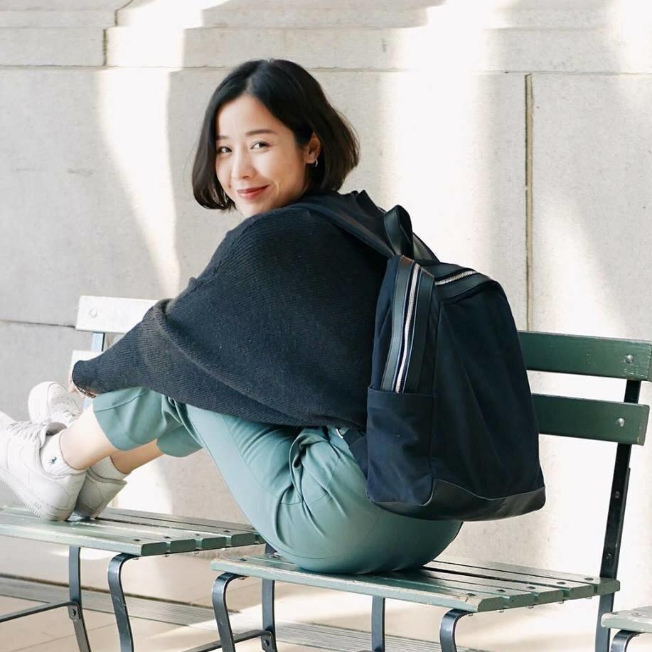 WHITEOAK 超實用多夾層配色backpack帆布包(6色) 1