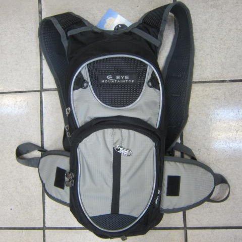 ~雪黛屋~EYE 加大型反光腳踏車後背包 可加大容量設計 隱藏式固定安全帽放置網袋 EYE305黑