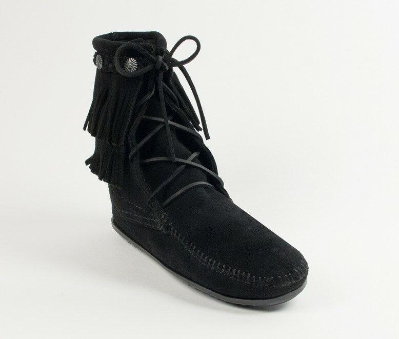 【Minnetonka 莫卡辛】黑色-純手工雙層流蘇短靴 0
