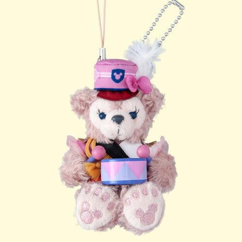 X射線【C917069】日本東京迪士尼代購-35週年限定雪莉玫ShellieMay樂隊風吊飾娃娃-坐姿,絨毛填充玩偶玩具公仔鑰匙圈吊飾玩偶包包吊飾