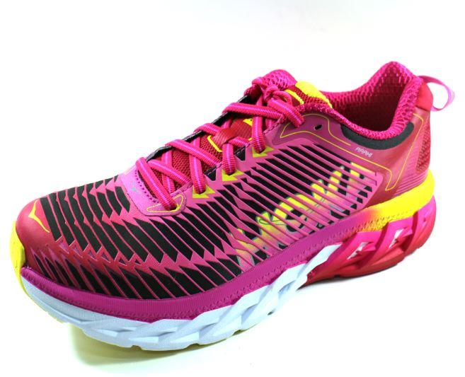 23.5CM~馬拉松 低足弓 HOKA ONE ONE ARAHI 輕量穩定動能跑鞋 (女) - HO1016259VPNF 虛擬粉/螢光桃紅[陽光樂活]