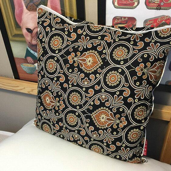 黑色波西米亞 抱枕  45cmx45cm 精選素材 復古 純棉 1