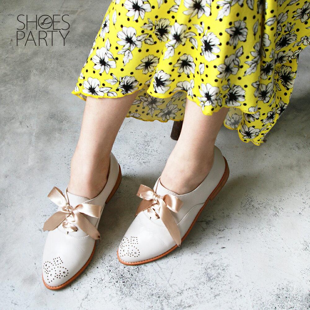 【C2-19306L】經典真皮雕花緞帶牛津鞋_Shoes Party 3