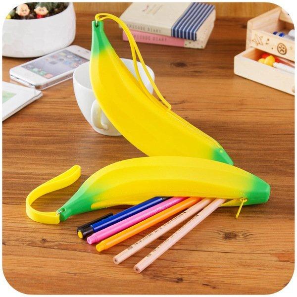 =優生活=韓國創意文具香蕉banana造型筆袋 拉鏈可愛迷你矽膠零錢包 收納包