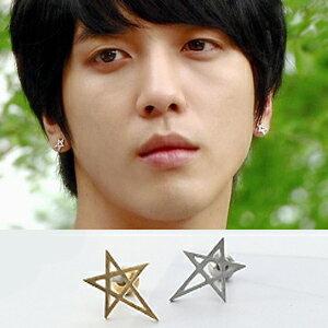CNBlue 鄭容和 同款韓國???????簡單鏤空五角星耳環 (單支價)