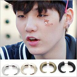 | Star World。Earring |  BTS SUGA 同款雙頭牛角造型耳釘耳環 (單支價)