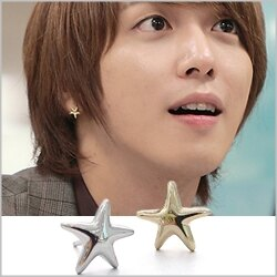   Star World。Earring   CNBlue 鄭容和 同款簡約海星造型耳釘耳環 (單支價)