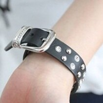 FTIsland 李弘基 (李洪基) 同款皮帶式雙排鉚釘鑲鑽皮革手環