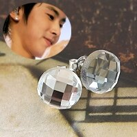 | Star World。Earring |  東方神起 允浩 同款夢幻光澤透明水晶片耳釘耳環(單支價)