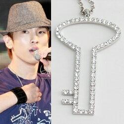 SHINee Key KEY款中空大鑰匙鑲鑽項鍊