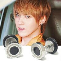  Star World。Piercing   EXO 吳亦凡 同款小款銀邊黑圓牌穿刺耳環 (單支價)
