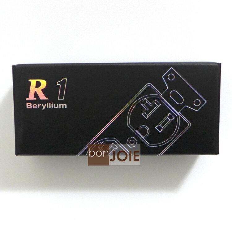 <br/><br/>  ::bonJOIE:: 日本進口 日本製 Oyaide R1 壁插 (全新盒裝) R-1 插座 鈹銅合金 鍍鉑金 鍍鈀 2008夏季VGP受賞 小柳出電氣商會<br/><br/>