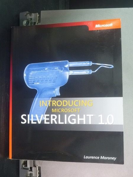 【書寶二手書T4/電腦_PLT】Introducing Microsoft Silverlight 1.0_Lauren