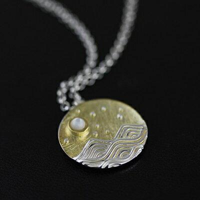 ~925純銀項鍊 貝珠吊墜~圓牌文藝中國風海上的夜情人節生日 女飾品73gm12~ ~~米