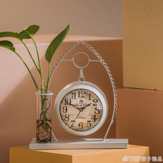 北歐風簡約創意水培鬧鐘擺件金屬鐘表臺鐘客廳臥室小鐘表座鐘新款