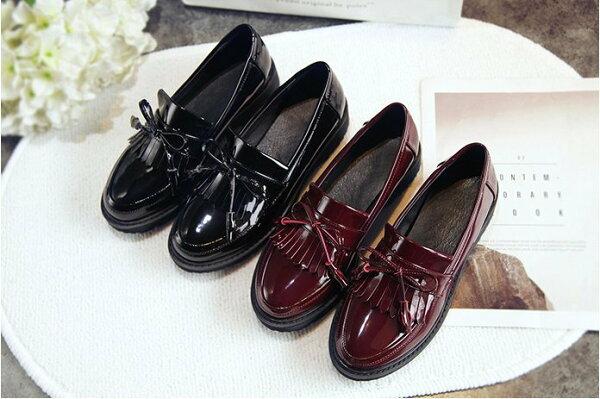 Pyf♥英倫學院風蝴蝶結小皮鞋粗跟漆皮復古牛津鞋圓頭中跟學生鞋43大尺碼女鞋