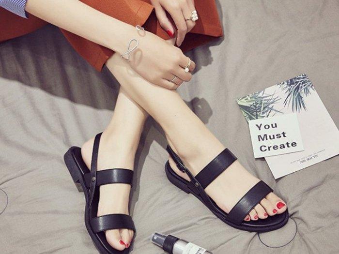 Pyf ~  簡約 風 中性 百搭平底涼鞋 43 大 女鞋