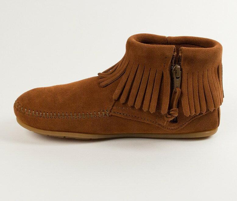 【Minnetonka 莫卡辛】棕色  - 麂皮流蘇羽毛踝靴 2