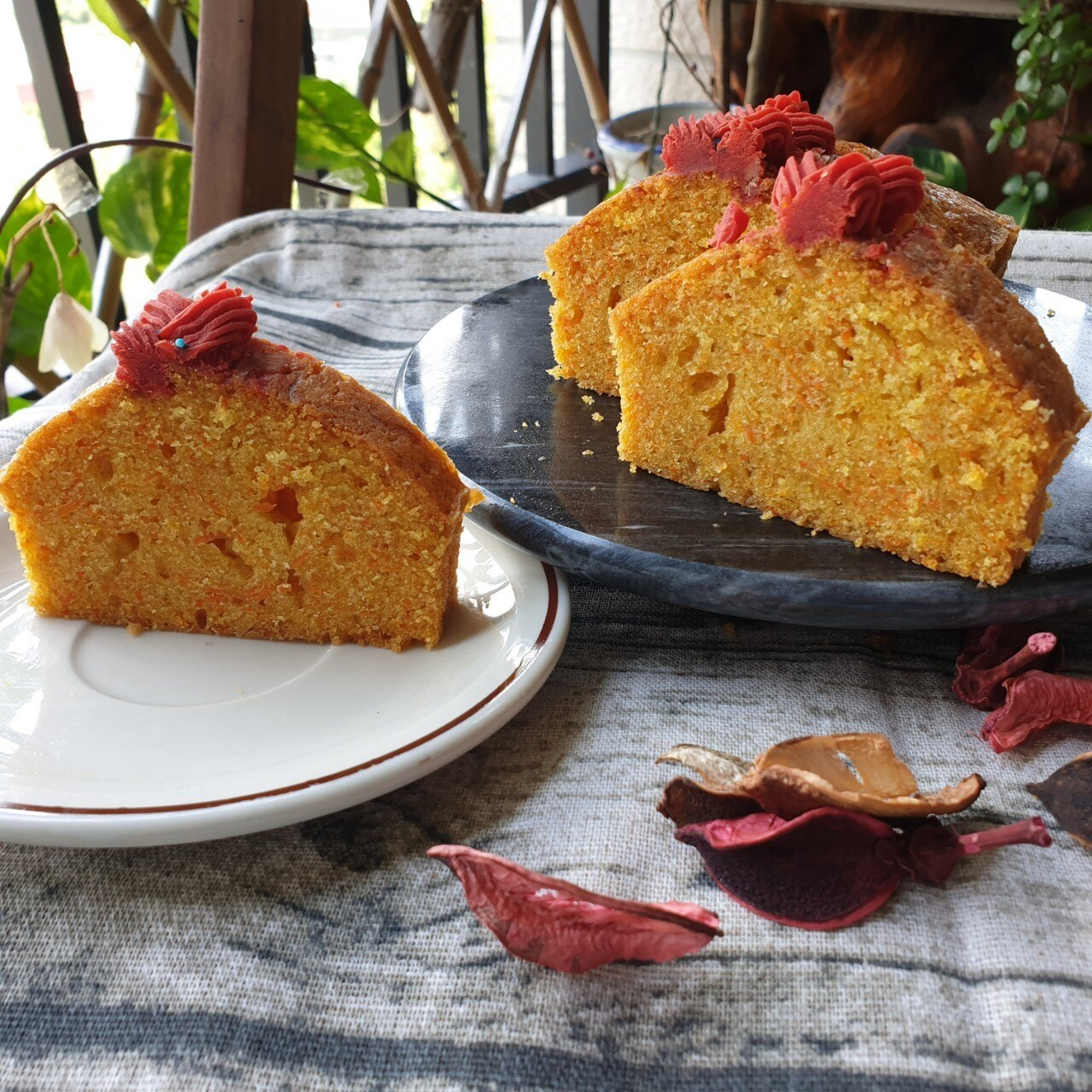 *白豆沙胡蘿蔔蛋糕*母親節首選(長型約18公分)