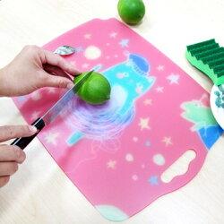 【HOME WORKING】婦幼抗菌砧板-可愛貓星球