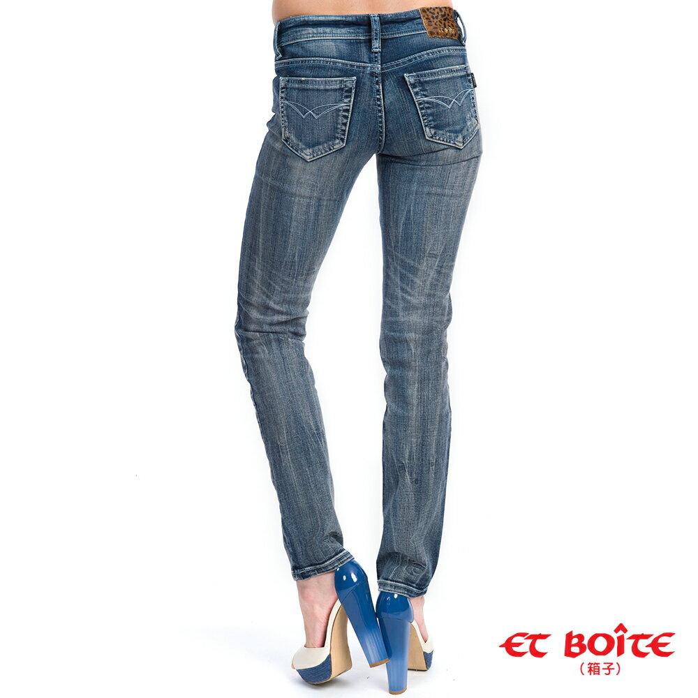 【滿千再折$188 x 990元優惠↘】個性直筒彈性破褲 - BLUE WAY  ET BOiTE 箱子 3