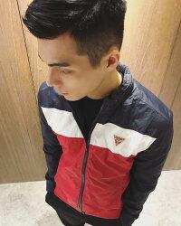 美國百分百【全新真品】Guess 外套 飛行夾克 男款 立領 休閒 上衣 拼色 紅藍白 I937