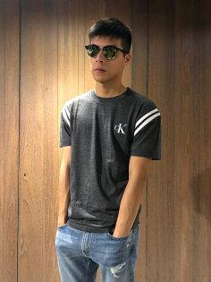 美國百分百【全新真品】CalvinKleinT恤CKlogo短袖T-shirt設計鐵灰J137