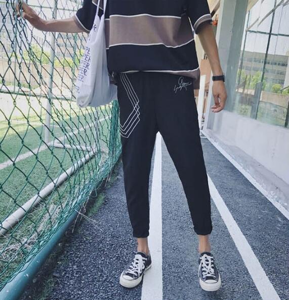 FINDSENSE MD 韓國 時尚潮 男 休閒 寬鬆 字母刺繡幾何圖案 休閒長褲 九分褲 小腳褲