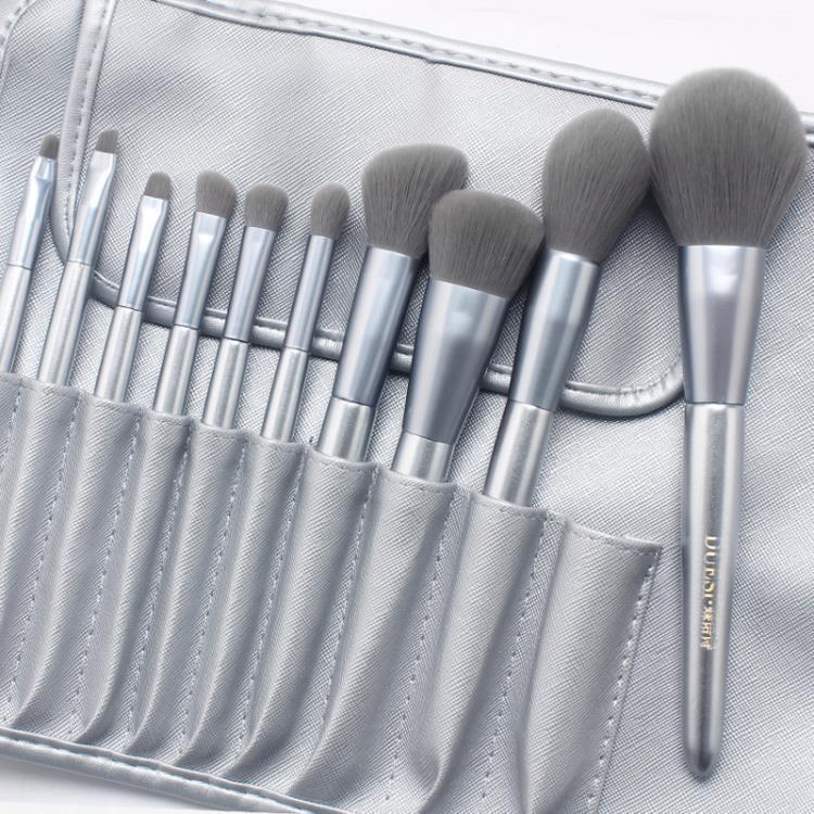 刷子化妝刷套裝眼影刷彩妝刷腮紅粉刷化妝工具美妝刷全套超柔軟