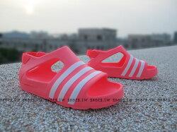 《下殺6折》Shoestw【B24596】ADIDAS 童鞋 涼鞋 小童 Adilette Play I 螢光桃 蜜桃