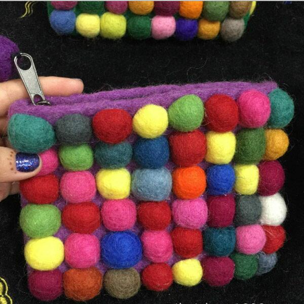 PS Mall 羊毛氈球球小包 豆豆包 尼泊爾手工羊毛氈 氈包 球球包【J2009】