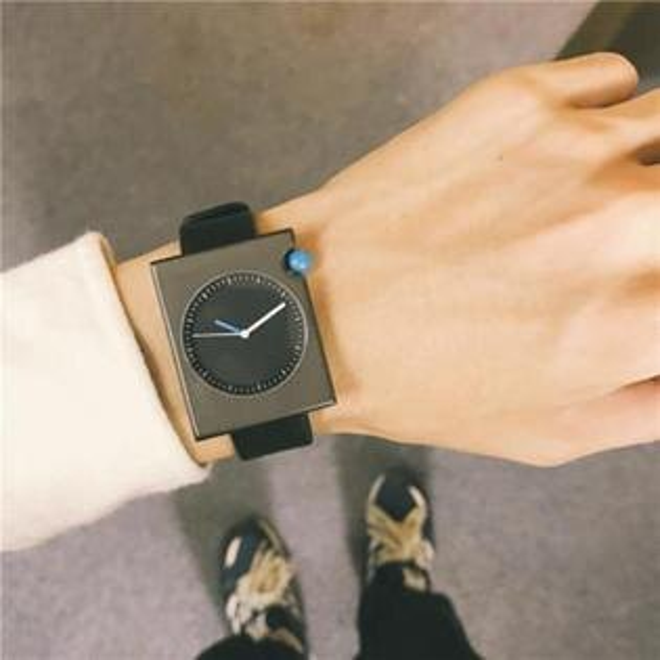 50 OFF SHOP:50%OFFSHOP長方形手錶創意方形方盤潮簡約韓版個性非機械石英表【H030607WAH】